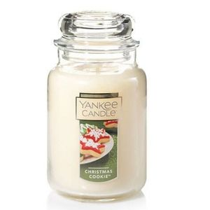 New, Yankee candle 22 oz Christmas Cookie candle.